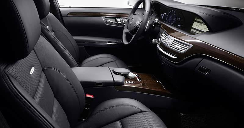 Zdjęcie środka Mercedesa S-klasy