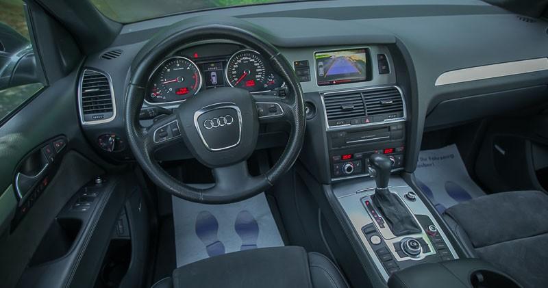 Kokpit Audi Q7