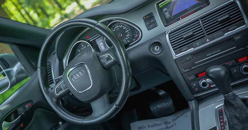 Kokpit i nawigacja Audi Q7