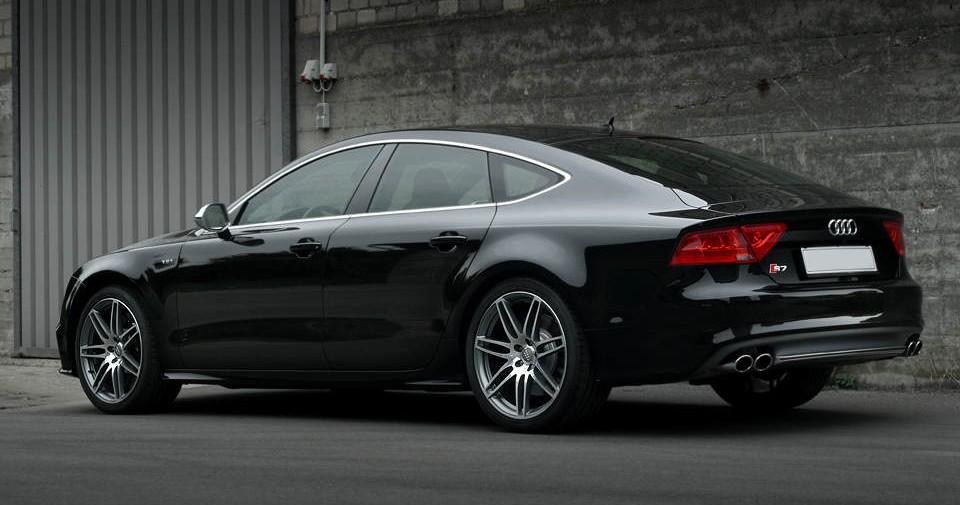 Wynajem Audi S7 - lewy bok