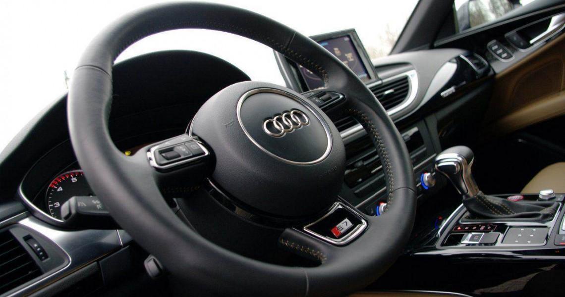 Wypożyczalnia Audi S7 - fotel kierowcy