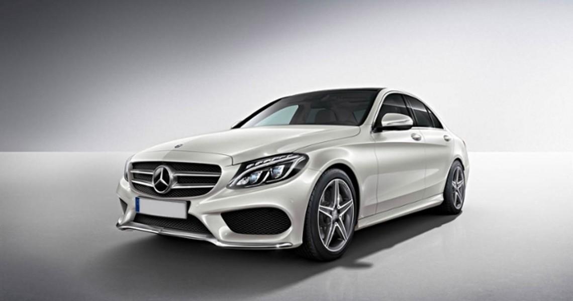 Lewy przód wynajmowanego Mercedesa C klasy2