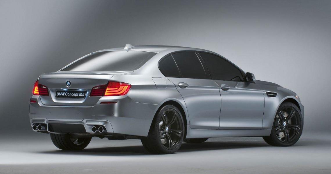 Prawy tył wynajmowanego BMW M5