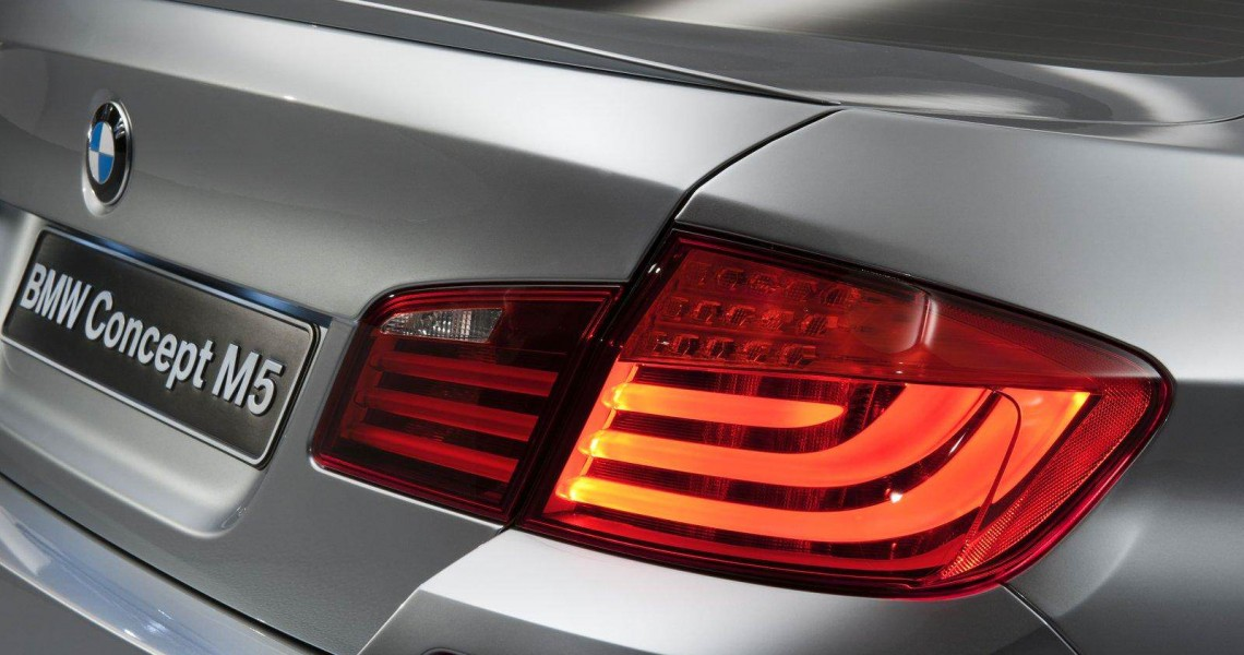 Tylnie lampy BMW M5