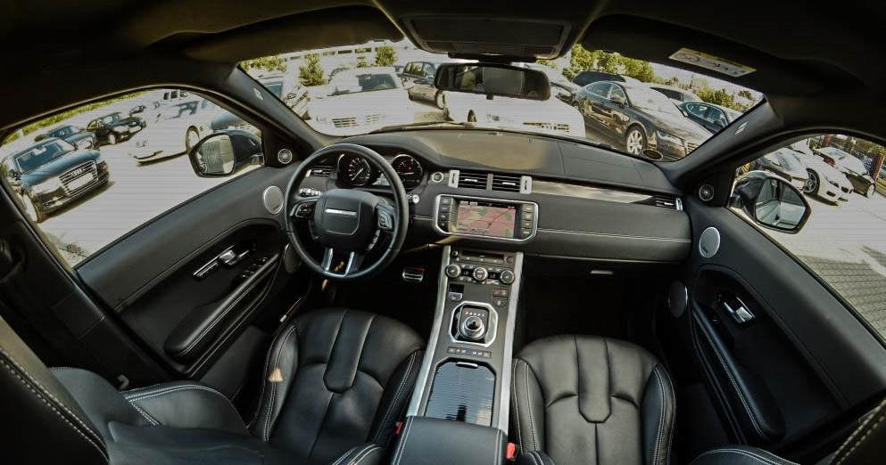 Kokpit Range Rover Evoque - możliwość wynajęcia w Warszawie