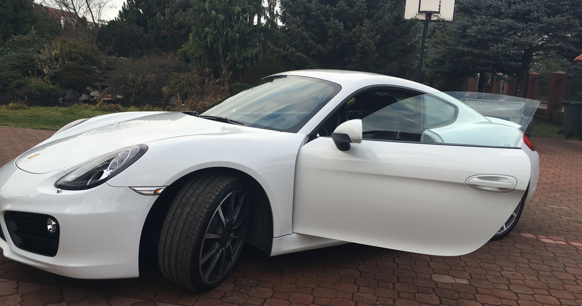 Porsche Cayman S otwarte drzwi