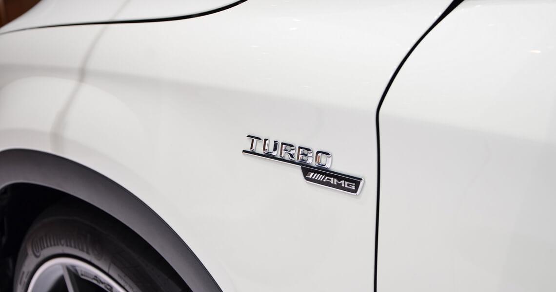 Mercedes GLA 45 AMG turbo