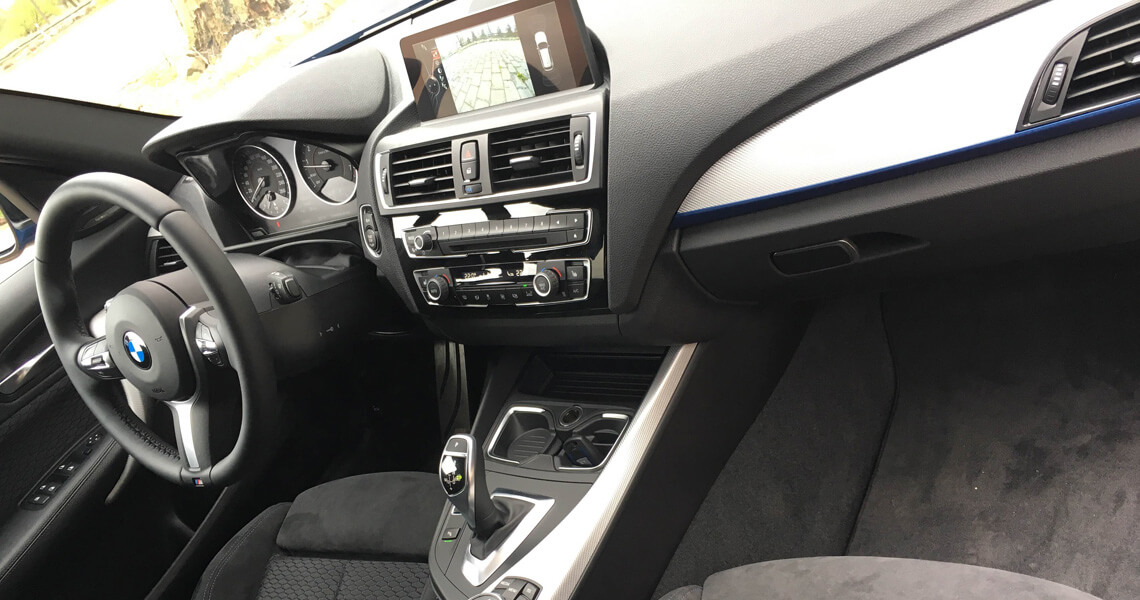 BMW m135i xDrive - środek #2