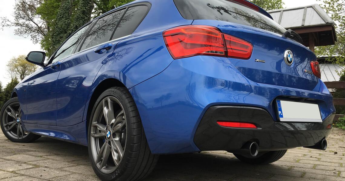 BMW m135i xDrive - kąt tył