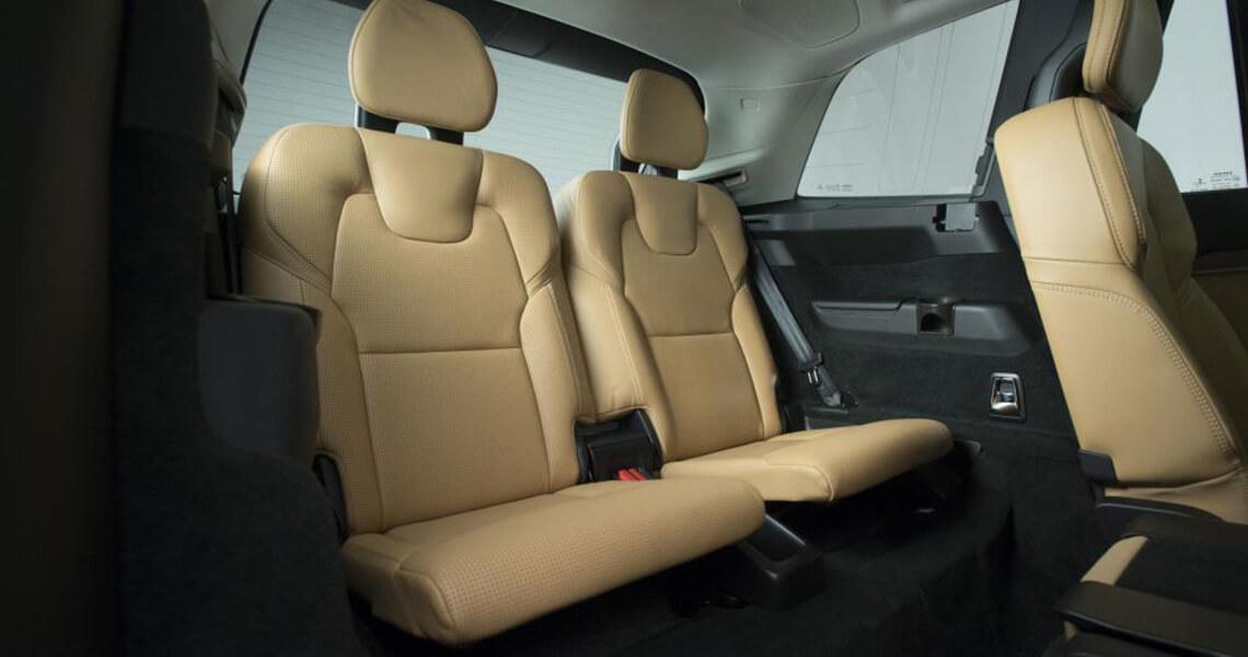 Volvo XC90 II - środek tył