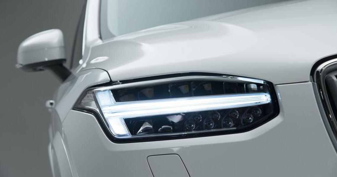 Volvo XC90 II - światło