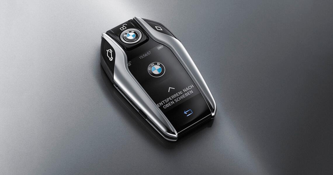 Wynajem BMW M750 G11 w Warszawie #9